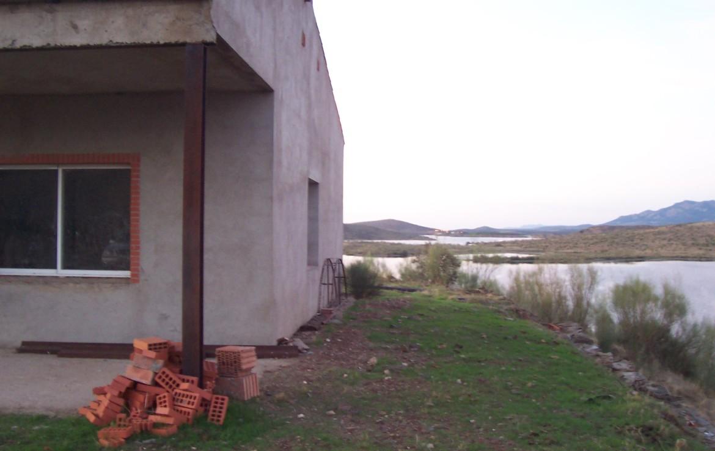 088 ORP Fincas Rústicas SurOeste 1170x738 - Finca de 4 has con chalet nuevo casi terminado, en pantano de Hornachos