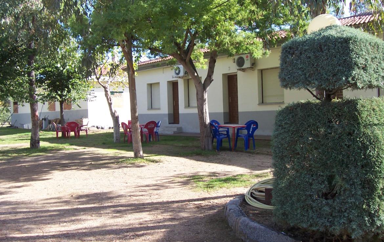 095 OPP Fincas Rústicas SurOEste 9 1170x738 - Camping a pleno rendimiento en Mérida, con 13 bungalow, instalaciones con todos los servicios