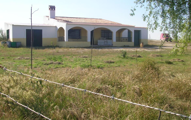 096 OPP Fincas Rústicas SurOeste 1170x738 - Finca 31 has muy cerca de Cáceres toda cercada con mucha agua