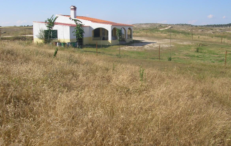 096 OPP Fincas Rústicas SurOeste 3 1170x738 - Finca 31 has muy cerca de Cáceres toda cercada con mucha agua