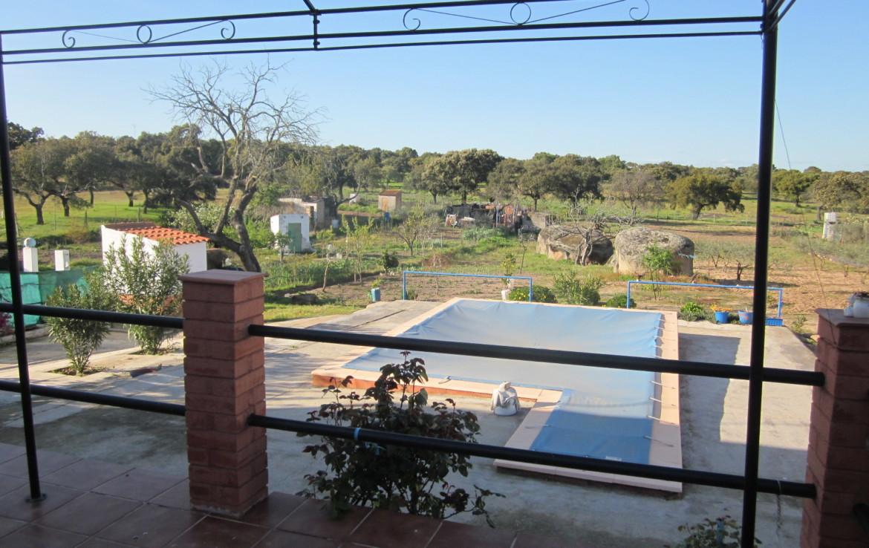 1020 OPC Fincas Rústicas SurOeste 3 1170x738 - Parcela de más de 3000m2 en Esparragalejo, con chalet y piscina