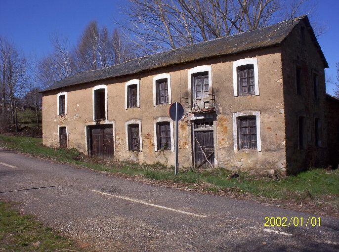 147 OPP Fincas Rústicas SurOeste 3 - Molino de piedra en los montes de León, gran edificio con vivienda, almacén y antiguo molino.