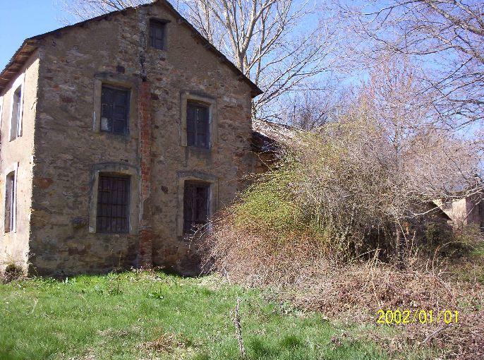 147 OPP Fincas Rústicas SurOeste - Molino de piedra en los montes de León, gran edificio con vivienda, almacén y antiguo molino.