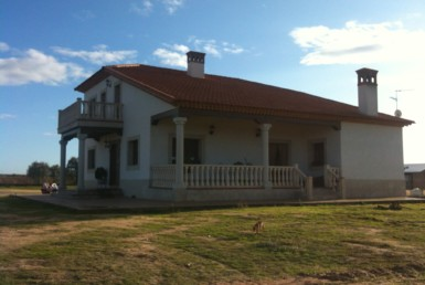 447 OPC Fincas Rústicas SurOeste 3 385x258 - Gran chalet con 4 hectáreas de terreno en zona Escalona (Toledo)
