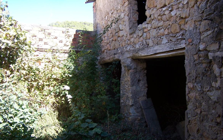 1033 OPU Fincas Rústicas SurOeste 1 1170x738 - Casa de pueblo en aldea a 30 km de cuenca, 300 m2, cinco dormitorios