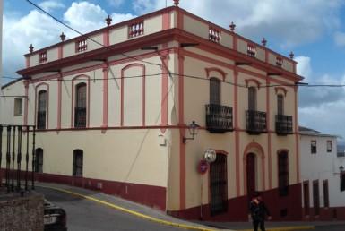 057 OPU Fincas Rústicas SurOeste 1 385x258 - Casa singular en centro de Hornachos (Badajoz)