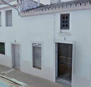 058 OPU Fincas Rústicas SurOEste 294x280 - Casa en Cristina (Badajoz), cuenta con 200 metros cuadrados, 8 habitaciones, baños, salón y terraza