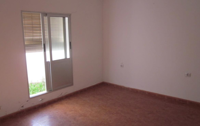 058 OPU Fincas Rústicas SurOeste 2 1170x738 - Casa en Cristina (Badajoz), cuenta con 200 metros cuadrados, 8 habitaciones, baños, salón y terraza