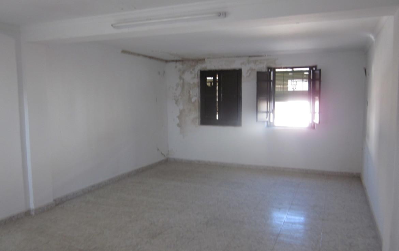 058 OPU Fincas Rústicas SurOeste 4 1170x738 - Casa en Cristina (Badajoz), cuenta con 200 metros cuadrados, 8 habitaciones, baños, salón y terraza